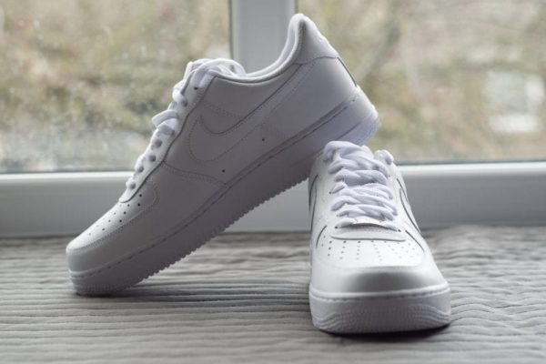 White Air Force 1 UK 9