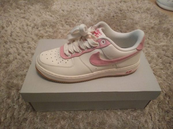 Nike Air Force 1 Lo UK SIZE 6