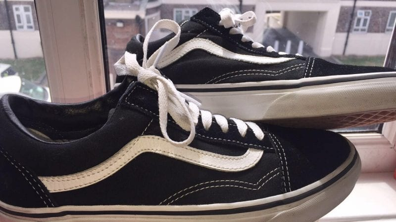 UK Size 7-7.5 Old Skool Vans Black/White
