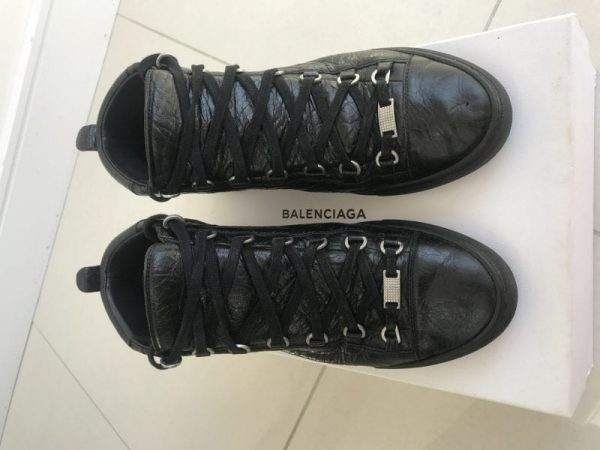 Balenciaga ARENA HI TOP D RING SIZE 42
