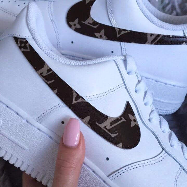 Nike LV Swoosh