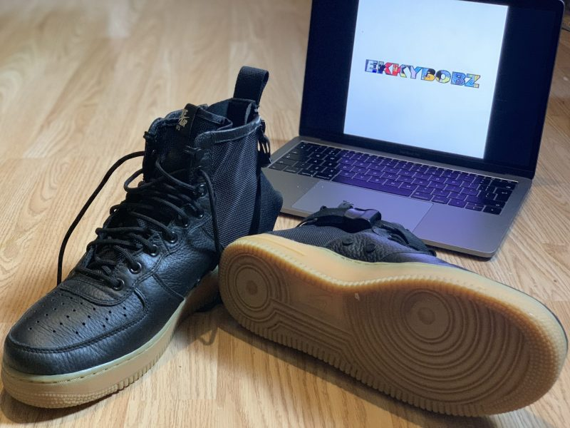 Nike SF Air Force 1 Mid Black Gum