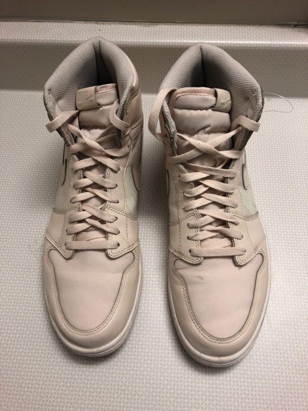 Air Jordan 1 Retro High OG 'Guava Ice' Mens Sneakers