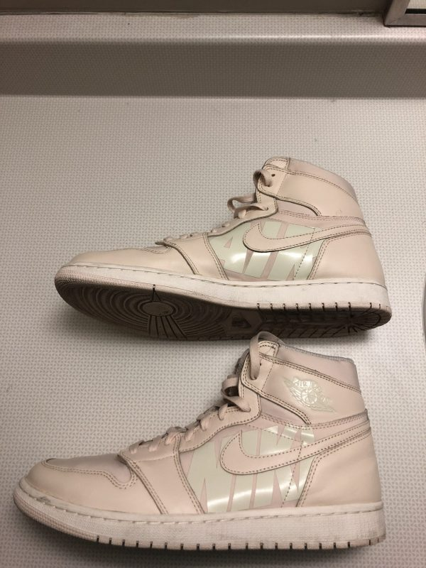 Air Jordan 1 Retro High OG 'Guava Ice' Mens Sneakers