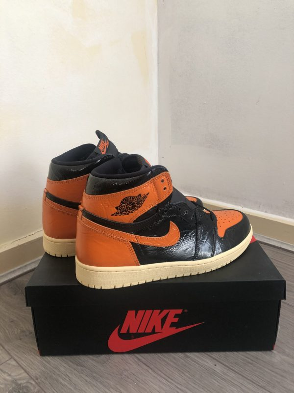 Nike Air Jordan 1 - Retro High OG 3.0 (SBB) - UK9 - US10 - EU44