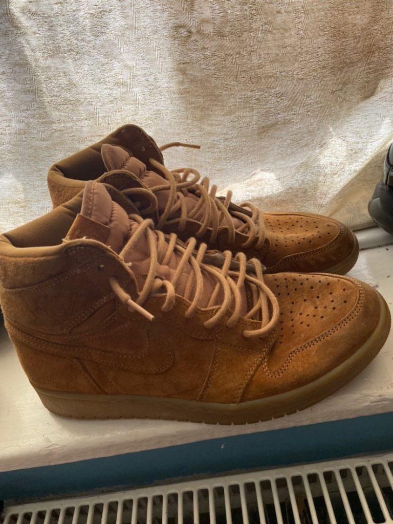 Air Jordan 1 Retro High OG 'Wheat'
