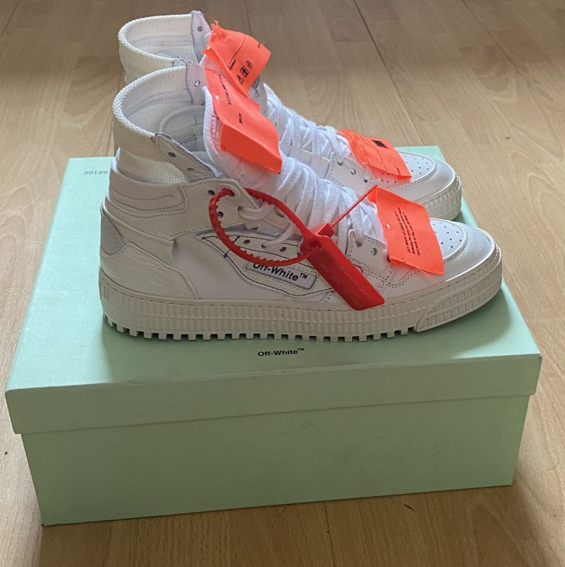 OFF-WHITE COURT SNEAKER