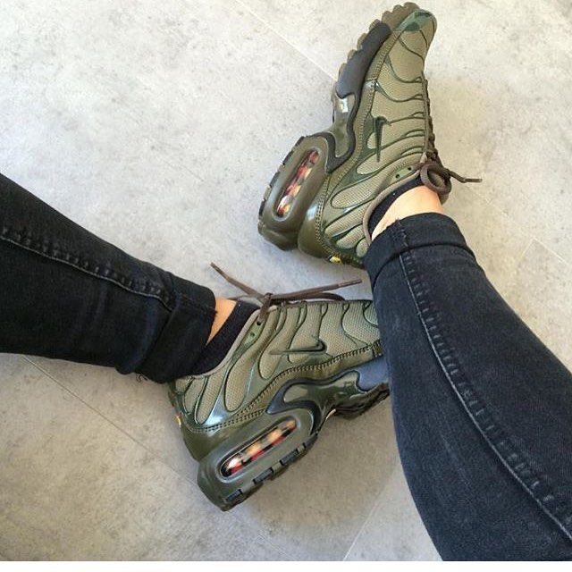 Khaki Nike Air Max Plus TN