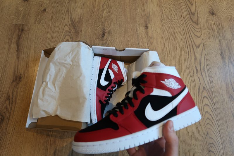 Air Jordan 1 Mid - Gym Red/Black