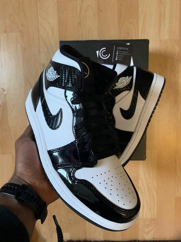 Jordan 1 'Carbon Fibre'-