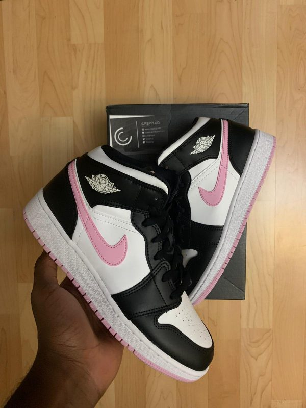 Jordan 1 Mid GS White Light Arctic Pink