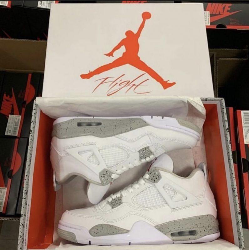 Nike Air Jordan 4 Retro 'White Oreo'